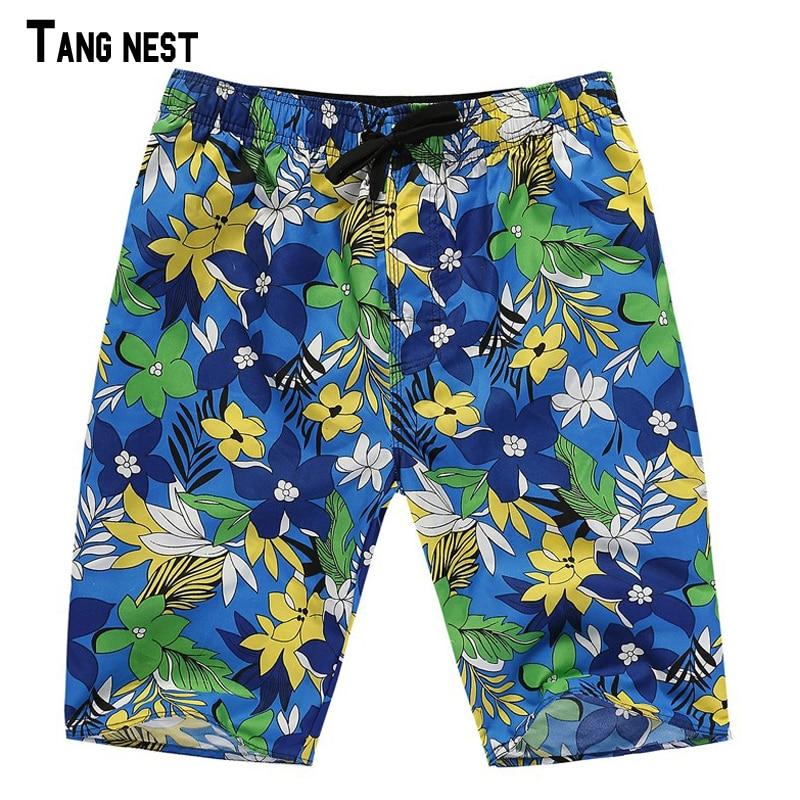 TANGNEST Mens Beach Shorts 2018 Summer Male New Fashion Knee Length Shorts Casual Green Flower Loose Men Short MKD965