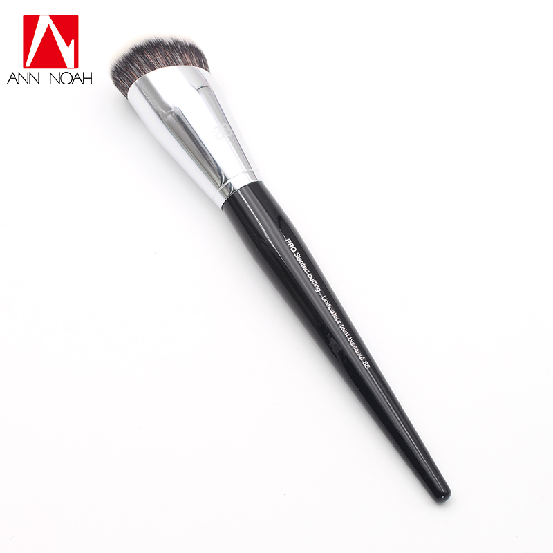 Professional Makeup Black Long Wood Handle Synthetic Fiber No. 88 Full Coverage Large Pro Slanted Buffing Brush