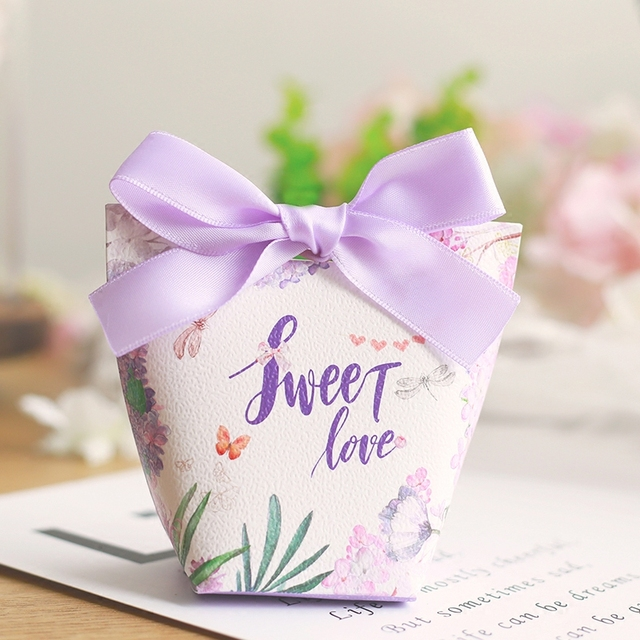 50pcs New Lavender Purple Flower Sweet Love Ferrero Candy Bo Wedding Favors Oniera Party Gift Box