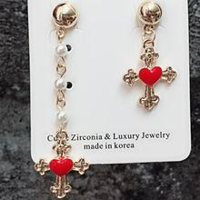 Fashion Asymmetric Drop Earring Luxury Jewelry New Korean Charm Cross Love Heart Statement Earrings for Women a suit of sweet asymmetric bar cross earrings for women