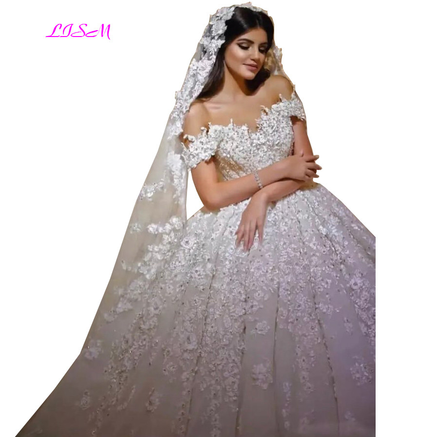 Lace Ball Gown Wedding Dresses 2019 Off Shoulder Long Arabic Wedding Dress Luxurious Crystals Tulle Bridal