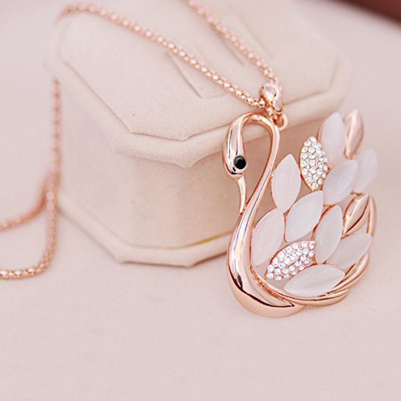 LNRRABC Fashion Women Charming alloy Rhinestones Opal Swan Pendants Necklace Sweater Chain Jewelry Xmas Gift