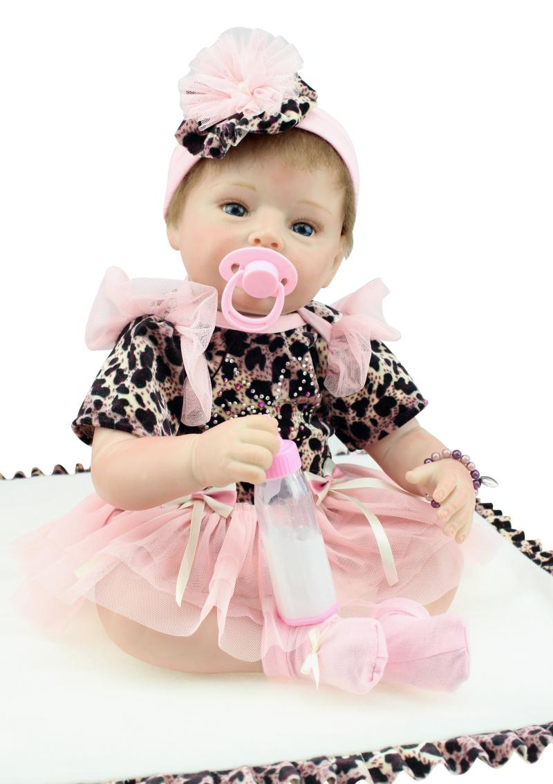 55CM Silicone Reborn Baby Dolls Adorable Girl Doll Leopard Dress Cute Fashion Toys Brinquedos Juguetes Christmas Gift for Kids55CM Silicone Reborn Baby Dolls Adorable Girl Doll Leopard Dress Cute Fashion Toys Brinquedos Juguetes Christmas Gift for Kids
