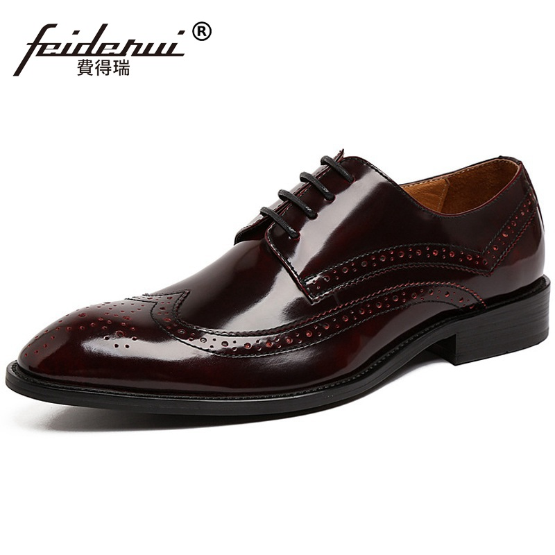 Vintage Wing Tip Carved Man Formal Dress Shoes Patent Leather Wedding Bridal Oxfords Round Toe Derby Men's Brogue Flats UH43 us6 10 men s pointy toe pu leather shoes lace up brogue wing tips formal dress wedding shoes casual oxfords