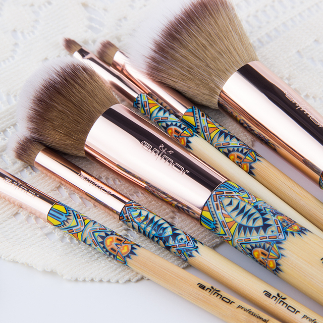 Makeup Brushes 12PCS Bamboo Soft Synthetic Collection Kit Set