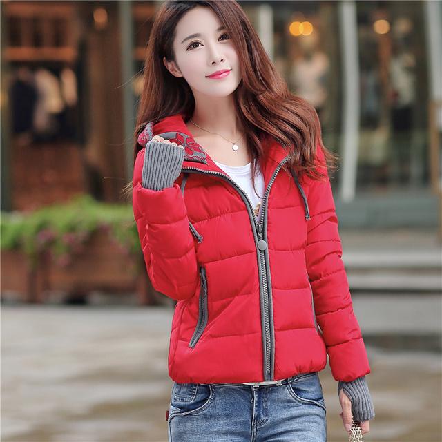 2017 venta Caliente femenina otoño invierno diseño corto delgado del espesamiento Abajo moda chaqueta de algodón acolchado de algodón acolchado más tamaño acolchado