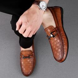 2019 Homens sapatos de Couro genuíno Loafers Mocassim de Couro Genuíno Sapatos Masculinos Sapatos Casuais Homens Marca Casamento Sapatos Homens de Barco l5