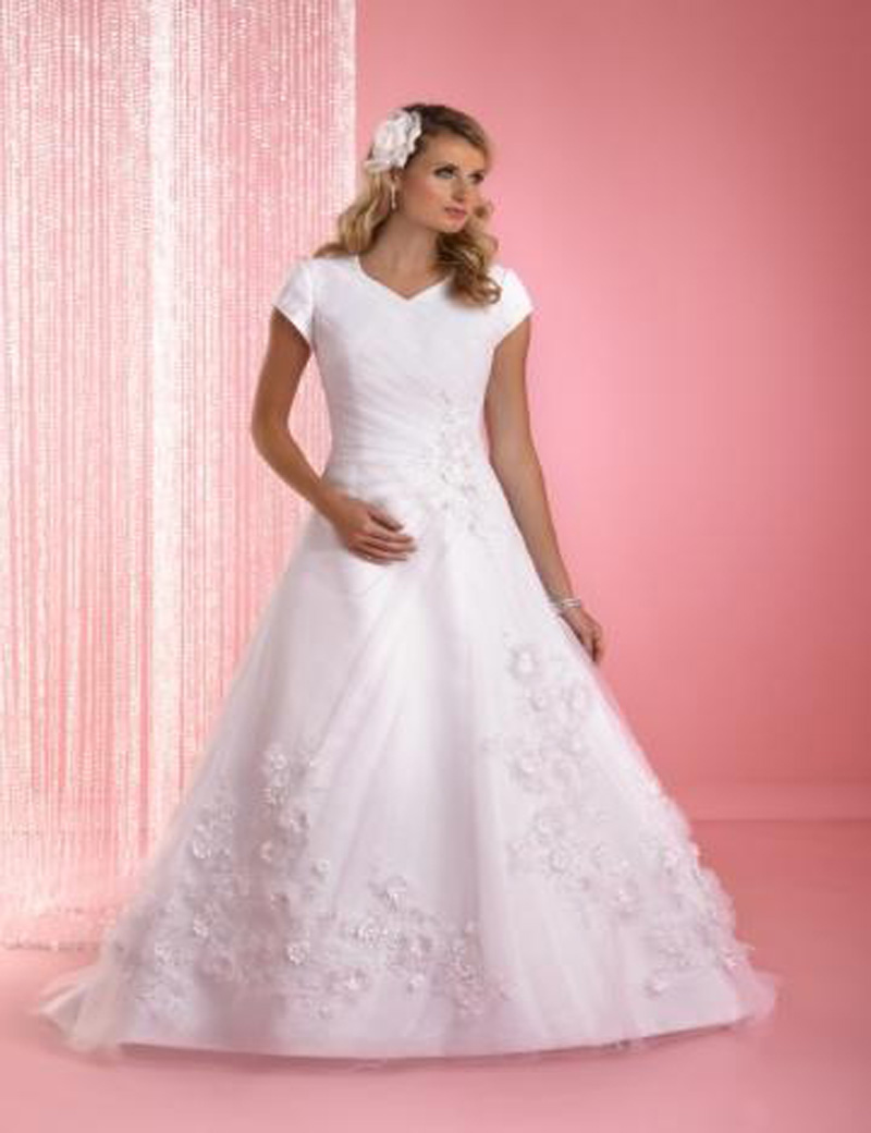 cap sleeves modest a line tulle wedding gown with fluttering flowers elegant corzet bodice bridal wedding dresses court train