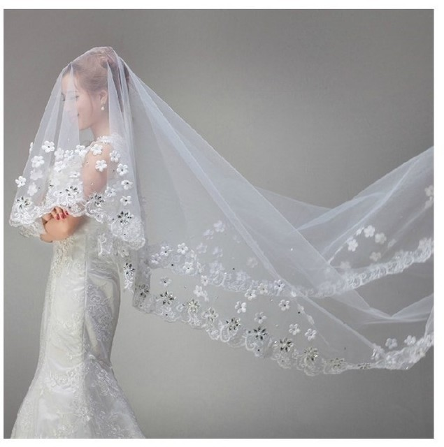 White Vintage Cheap Tulle Bride Cathedral Long Bridal Lace Wedding Veils with Crystals 3 Meters Velos De Novia Voile Mariage 101