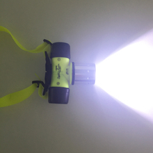 Impermeable del CREE XML T6 2000 Lumen submarino 20 m LED de buceo linterna del faro luz principal de buceo