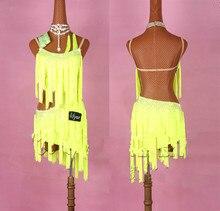 Błyszczące cyrkonie Latin Dance Dress kobiety Salsa kostiumy wysokiej klasy niestandardowy fluorescencyjny żółty Tassel ukośne sukienki latynoskie