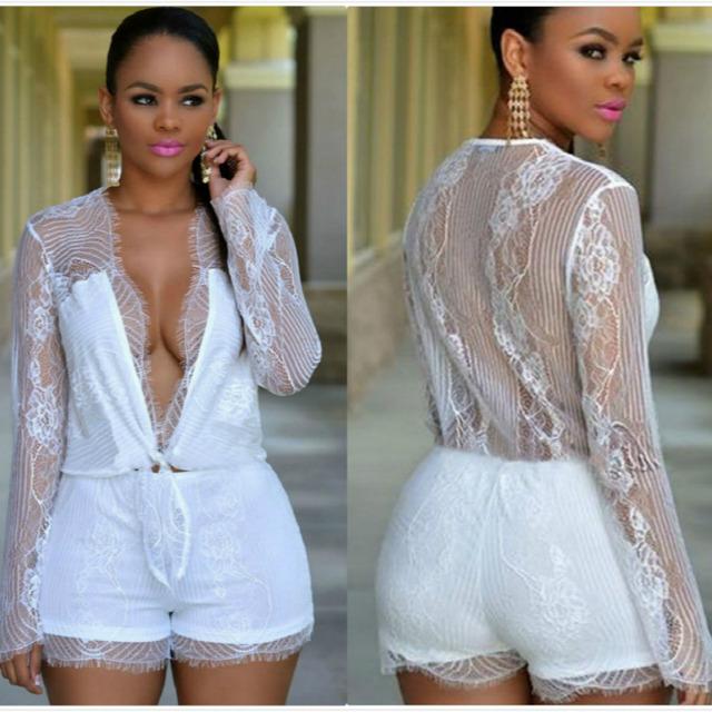 Lasperal 2017 sexy profundo decote em v macacões brancos conjunto rendas sólida cintura pant siamese shorts mulher casual feminino magro roompers