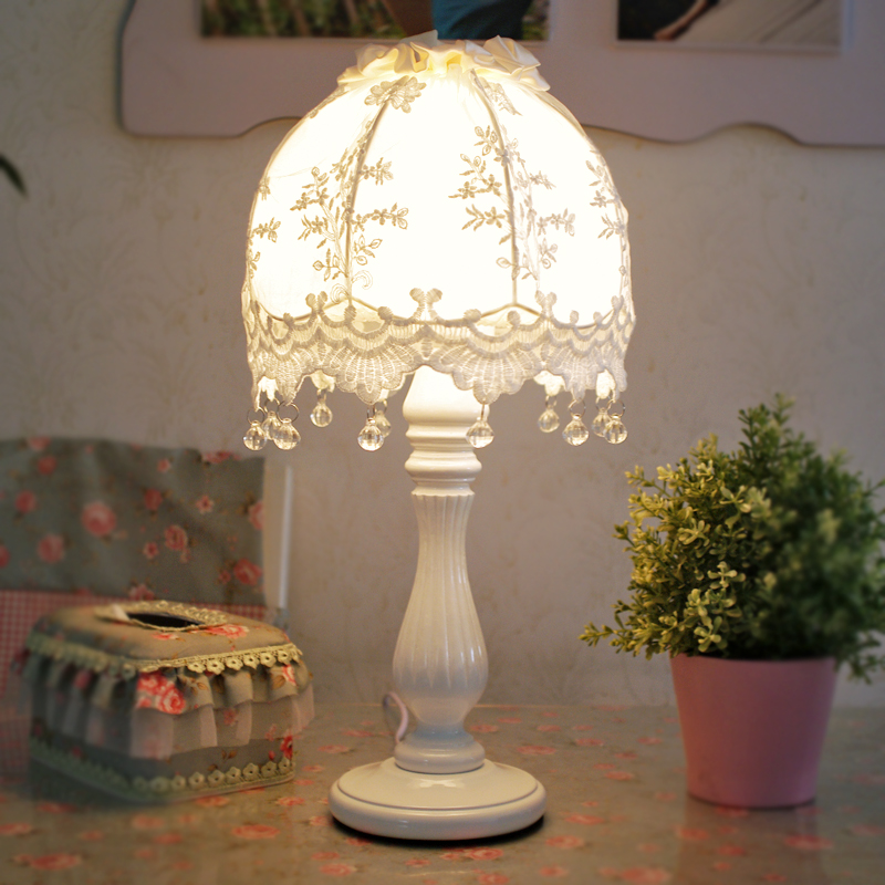 European style table lamp bedroom bedside lamp creative wedding fashion Lace pastoral French fabric birthday gift lamp ZA ZL487 european style table lamp bedroom bedside lamp creative wedding fashion warm pastoral french fabric birthday gift lamps za zl487