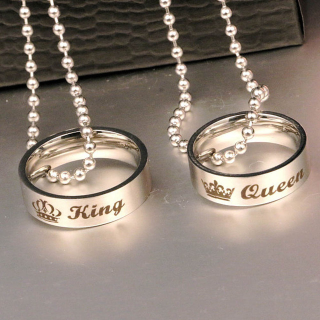 fe1b53506e Couple Holes Charm Link Chain Necklace New Fashion Letter Carved King Queen  Hole Pendant Necklace Lover Free Shipping