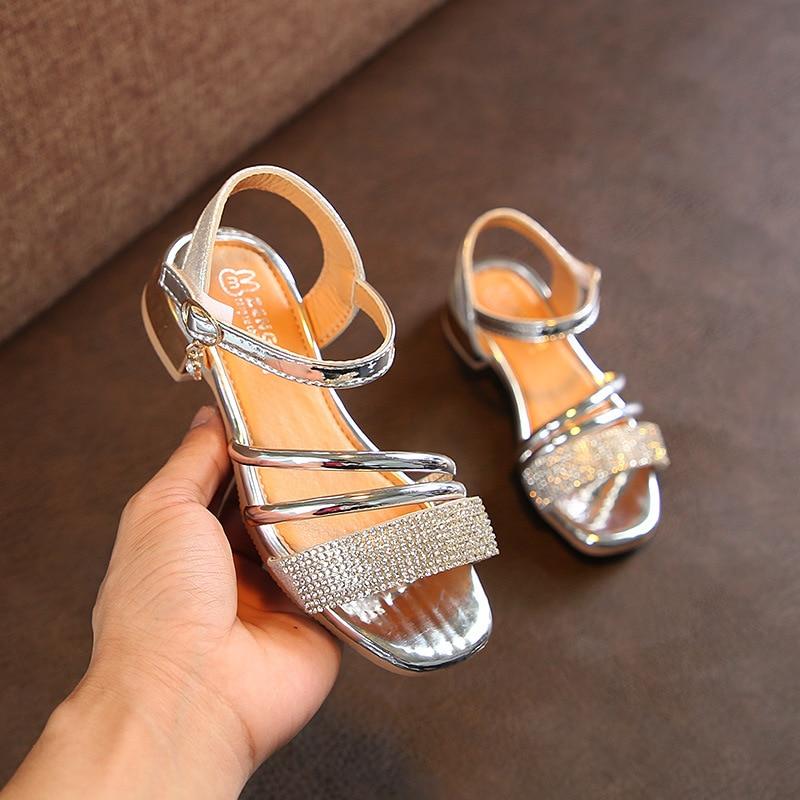 e20f60bcaeb0 fashion Infant Toddler Kid Children Fashion Gladiator Sandals Black Silver Golden  Baby Girl Summer Boots Gladiator M61700