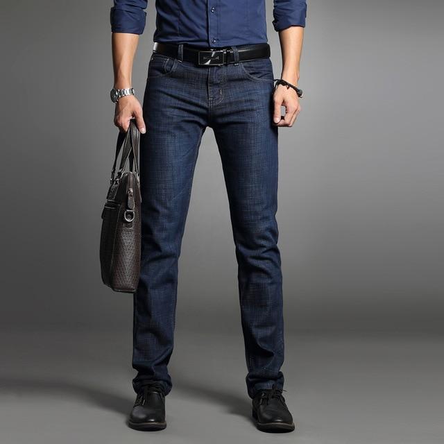 2018 nuevos pantalones vaqueros de marca de moda para hombre pantalones  azules de calidad Casual Jeans 2f5830825cab