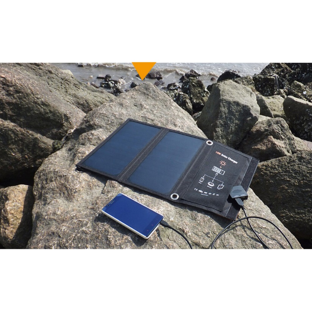 100% NEW Folding 15W Solar Cells Charger USB Output Devices Portable Solar Panels for iPhone 6s 6 Smartphones