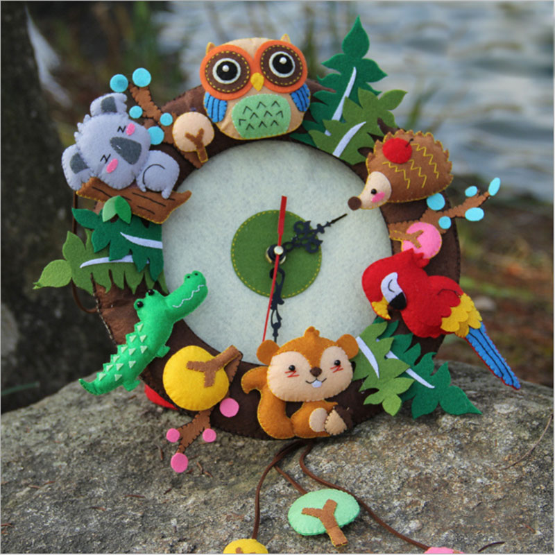 New Felt Wall Clock Free Cutting Felt Material DIY Package Forest Animal Theme Handmade Cloth Clock For Living Room Decorartion