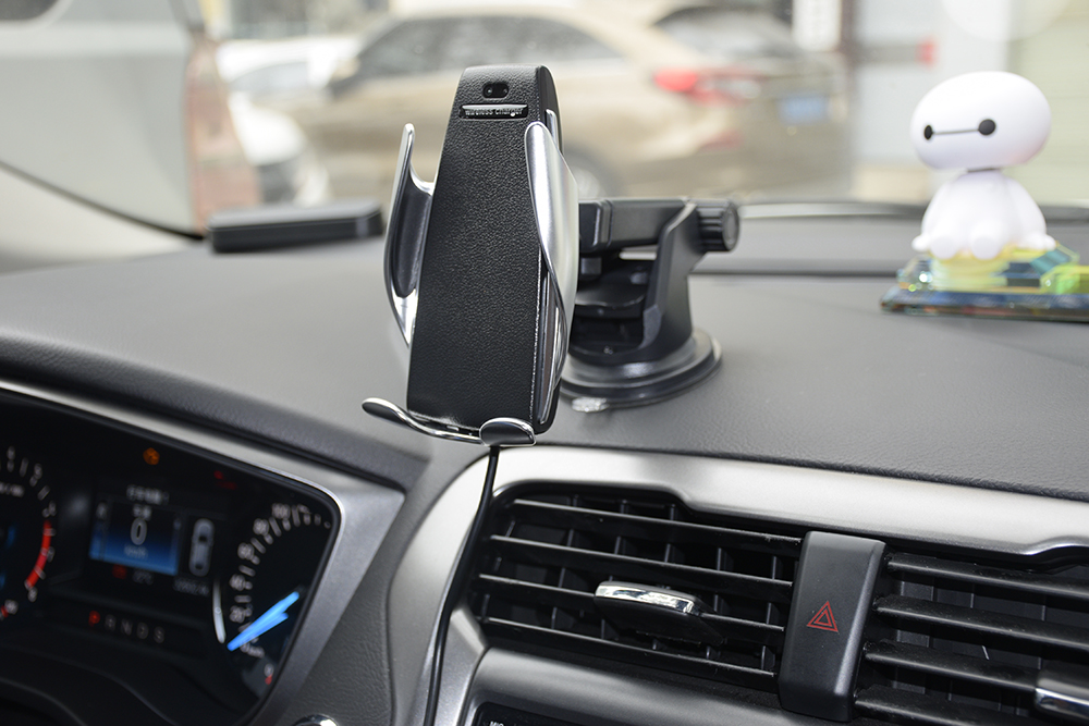 10W Wireless Charger + Car Mount With Phone Holder 15