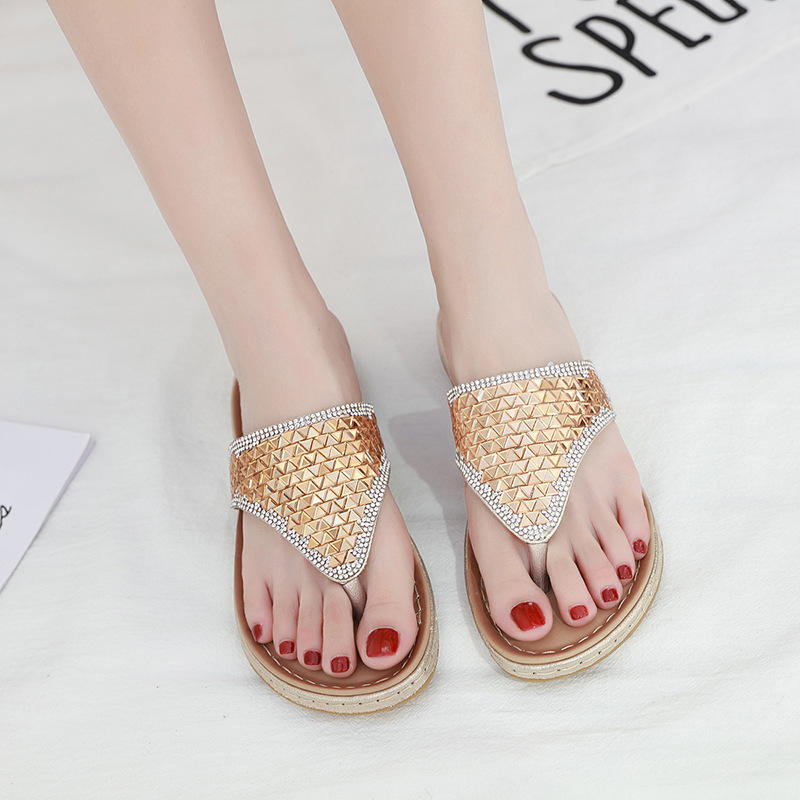 2020 Summer Women Slippers Bling Shoes Flat Beach Slippers Flip Flops Summer Ladies Shoes Soft Comfortable A905 1