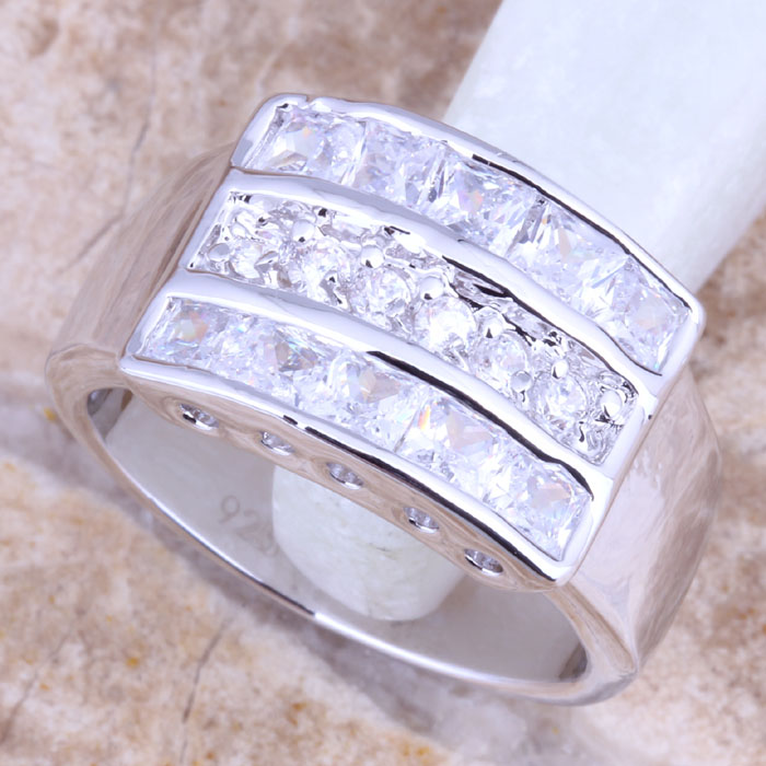 Stunning White CZ Silver Stamped 925 Women's  Ring Size 6 / 7 / 8 / 9  R1382