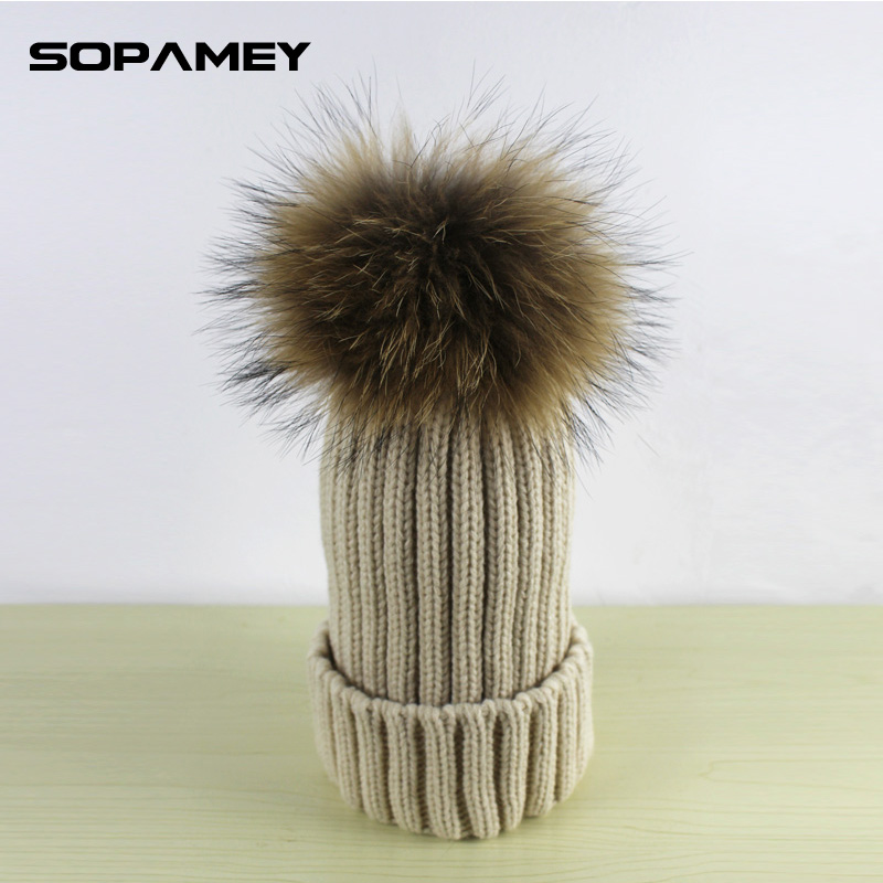 2017 Brand Women Fur Hat for Winter Knitted Wool Beanies Cap Fluffy Fur Pom Poms Hats Raccoon Fur Big Pompom Hats Bone Gorras new star spring cotton baby hat for 6 months 2 years with fluffy raccoon fox fur pom poms touca kids caps for boys and girls