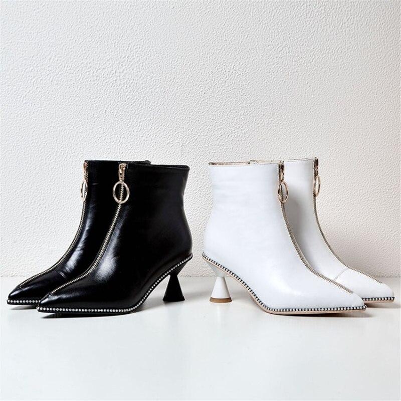 Bout Rivet Black Haute Blanc Cheville noir Zipper white Plush blanc Short Chaussures Plush Étrange Bottes Femmes Pointu Plus Hiver Style Ouqinvshen Taille 43 Talons Jl1cFK