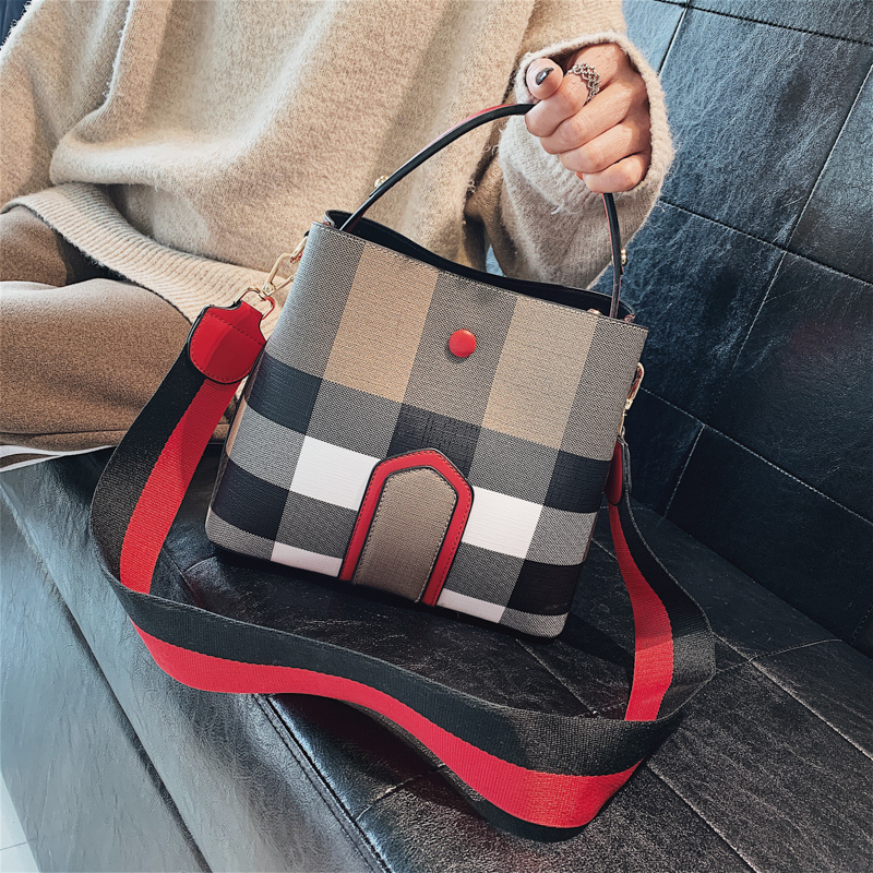 High Quality Plaid Bucket Wide Straps Shoulder Messenger Bags Casual Fashion Women Purses and Handbags Sac A Main Channels Bags