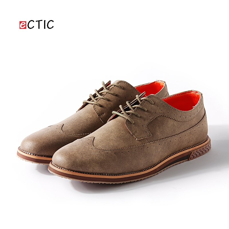 2017 New Arrival Vintage Men Brogue Shoes Business Formal Round Toe Carved Oxfords Wedding Shoes Black Tan Brown Gray Retro