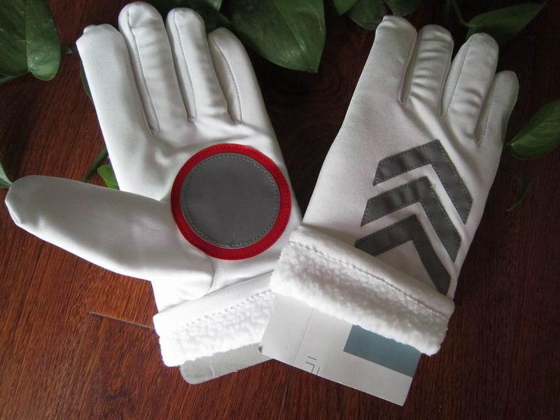Spandex elastico 2pairs spedizione gratuita più fodera in velluto guanti riflettenti di pattuglia ispessimento autunno e inverno guanti della polizia