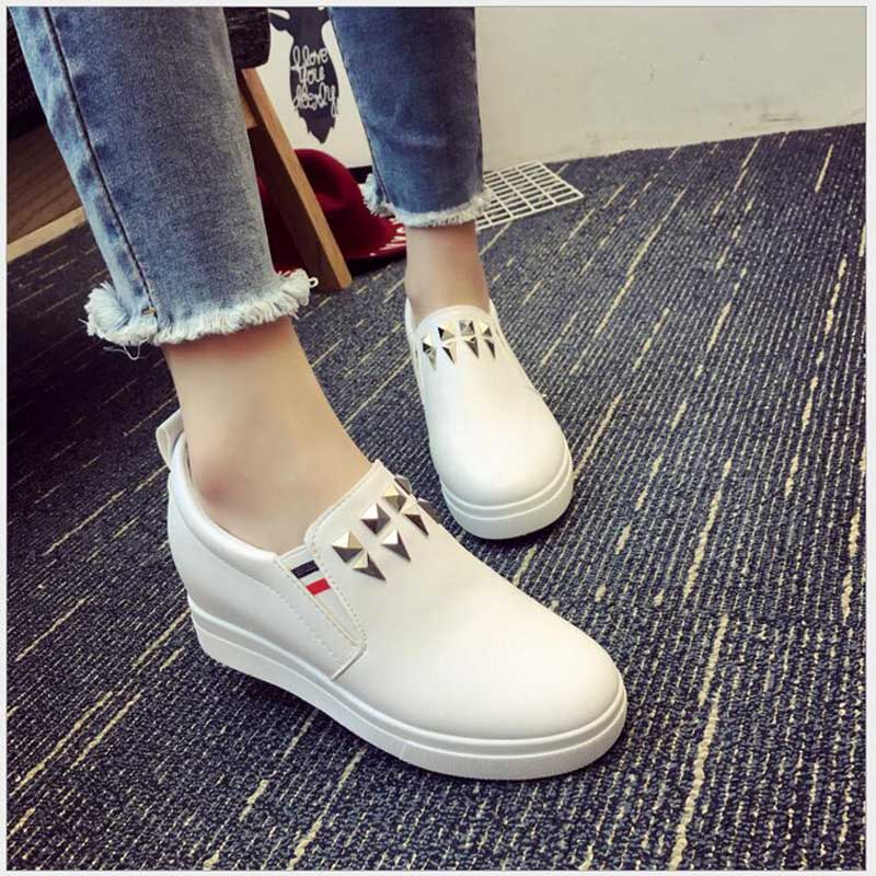 Women Sneakers Fashion Platform Casual Shoes Fashion Leather Low Top Slip on Increasing Ladies White Black shoes Comfortable H14