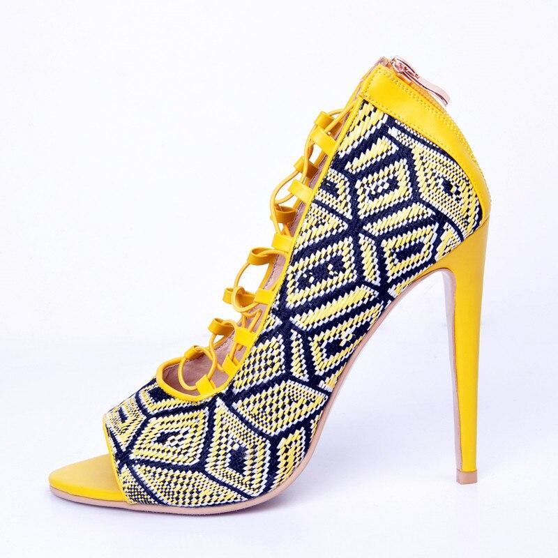 As De Jeunes Sandales Cuir Peep Pic Haute Jaune Mariage Oversize Talon Toe Shollow Chaussures Élégant Carrière En Fleurs Mince Super Rome Femmes Sexy dI1wq