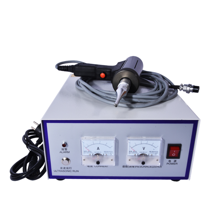 28 kHz / 500W Hand-held ultrasonic plastic welding machine, Including the transducer, generator, tool head, handle 2600w 20khz ultrasonic plastic welding machine ultrasonic generator transducer and horn