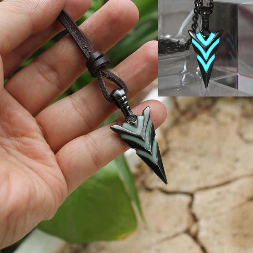 Glowing Green Arrow necklace Knight spear Necklace GLOW in the DARK Luminous pike Pendants & Necklaces silver plated girls gift