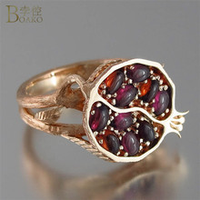 Vintage Red Garnet Ring Women Ethnic Wedding Jewelry Rose Gold Pomegranate Design Promise Engagement Rings with CZ Stone Anillos