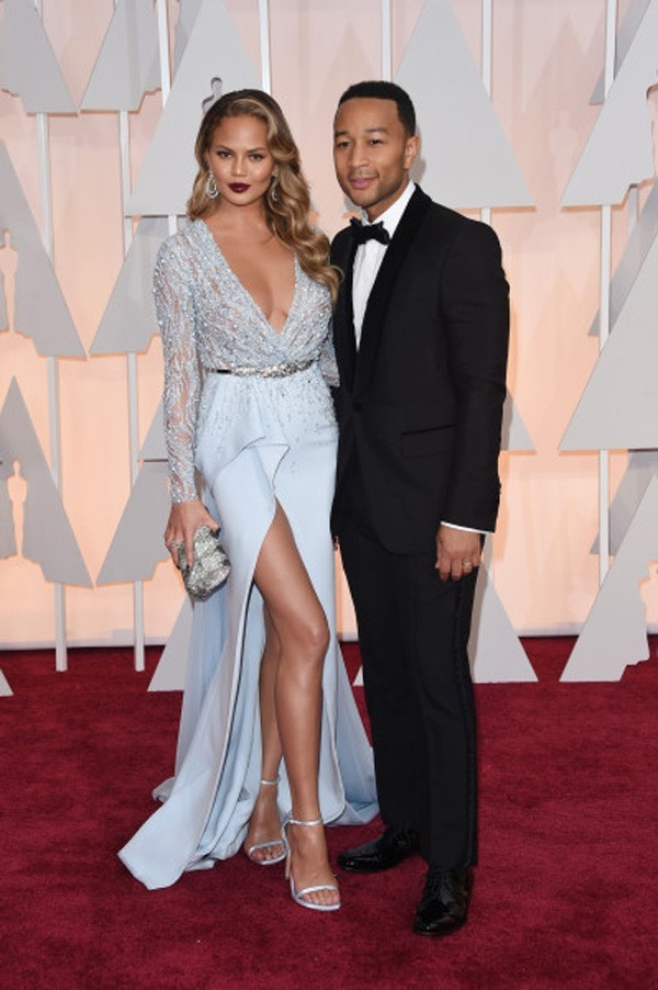 -Oscar-Chrissy-Teigen-Sheer-Long-Sleeve-Beaded-Evening-Dresses-Red-Carpet-High-Slit-Celebrity-Dresses (3)
