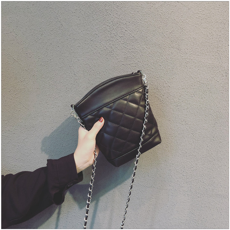 2018 new chain handbags, tide small square package, fashion woman shoulder bag, han edition messenger bag. стоимость