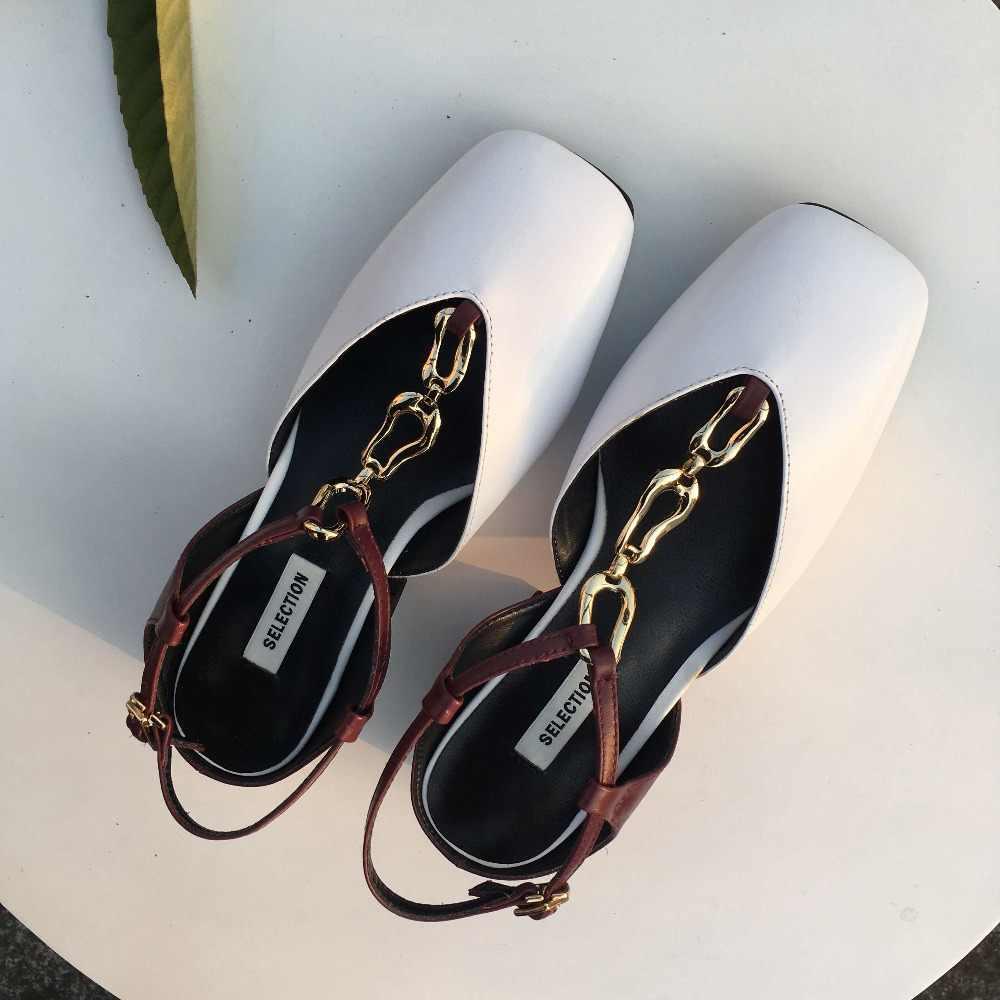 Krazing Pot hakiki deri med topuklar metal zincirler sığ toka sapanlar kare ayak marka İngiliz tarzı olgun bayan ayakkabıları L3f1