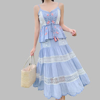Runway Designer Summer Holiday Dress Women Cotton Patchwork Lace Floral Embroidery Maxi Tassel Dress Sexy Halter Long Dress