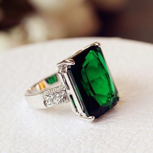 Fashion Brilliant Classic Square Green Stone Ring Big Cubic Zirconia
