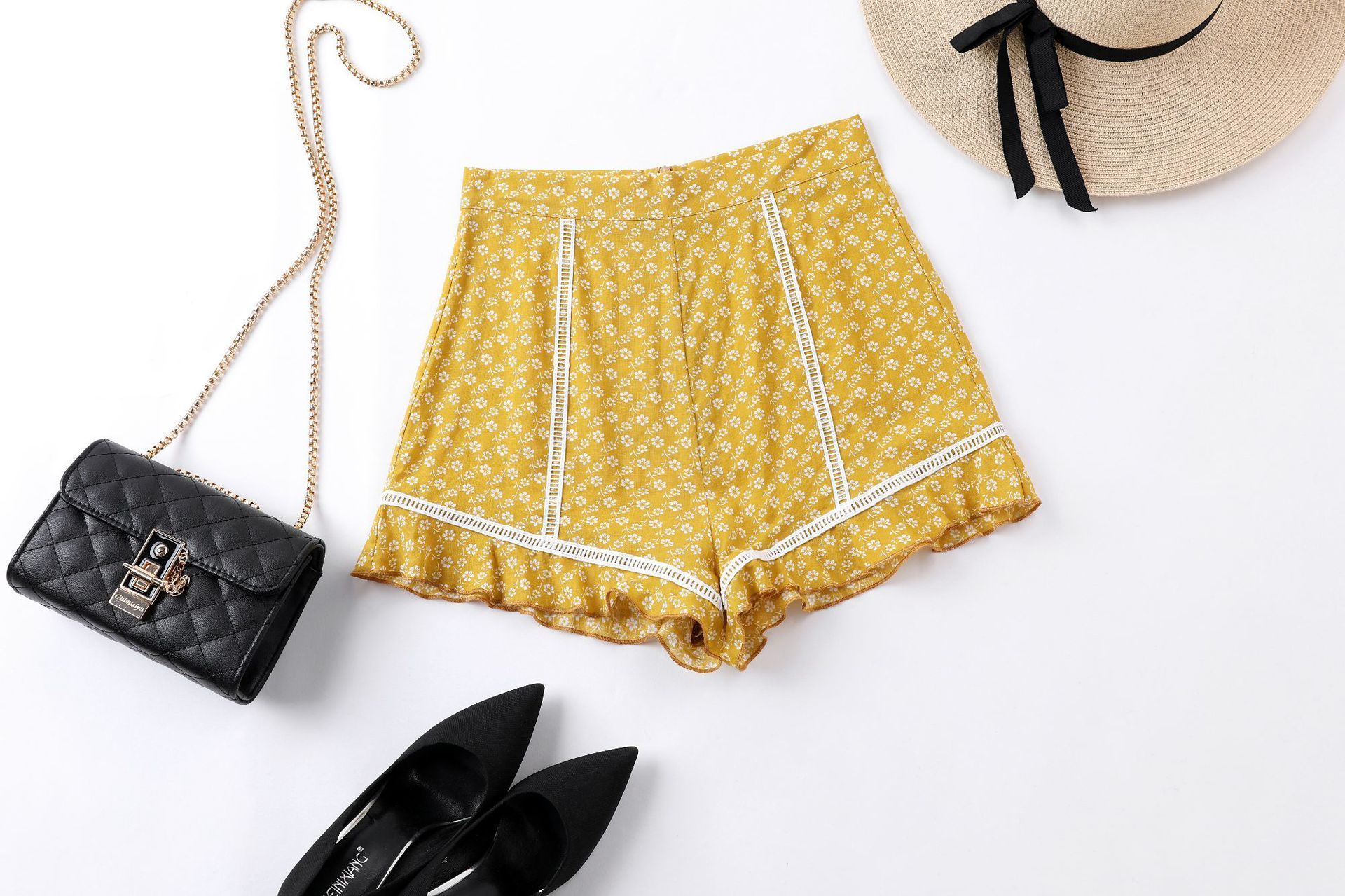 Summer High Waist Shorts Women Ruffles Casual Mini Short Yellow Red Print Beach Hot Shorts 2019 Ladies Sexy Shorts Mujer Clothes