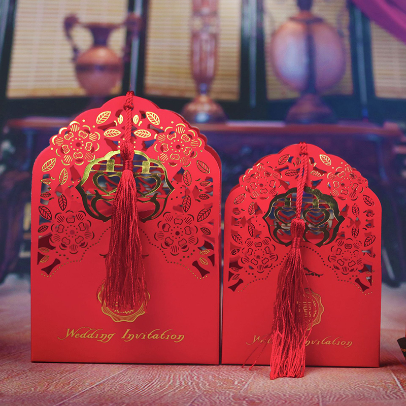 50pcs Hollow Wedding Candy Box Chinese Style Gift Box Bonbonniere Wedding Favor Boxes With Tassels Decoration