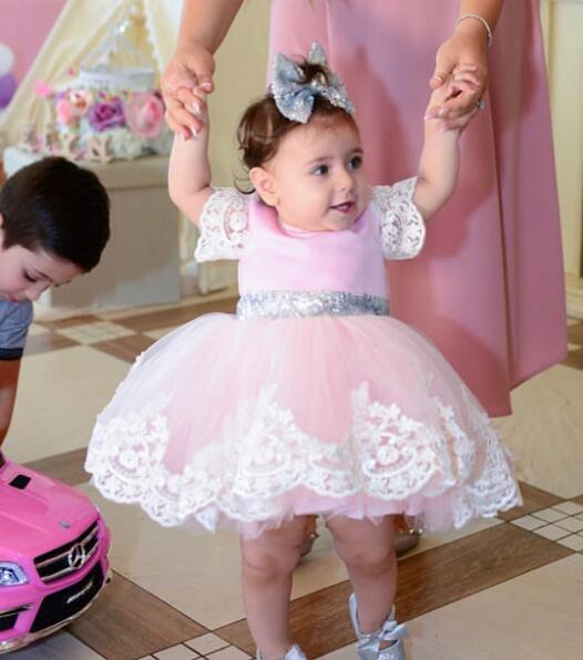 Short sleeves pink knee-length princess outfit with bling silver sequins bow lace tutu baby birthday party dress for celebration fever short gloves with bow красные короткие перчатки