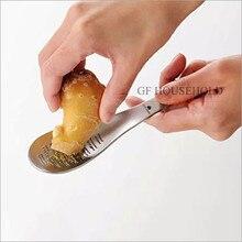 stainless steel garlic press Grinding spoon metal novelty kitchen accessories new design ginger crusher chopper cutter