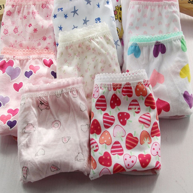 1pcs 2018 cartoon cotton Girl underwear 2-12T children cute briefs kids panties children underwears WE52