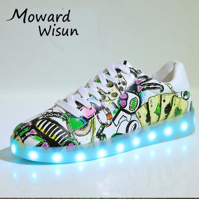 cded9a3b1d152 Moda świecące trampki z lekkie podeszwy Led kapcie dla dzieci chłopcy  dziewczęta trenerzy biały USB buty