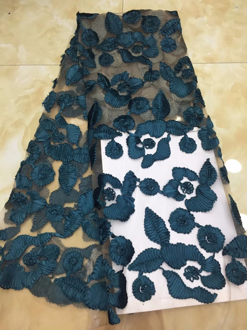 Fashion design African Lace fabrics Embroidered mesh tulle Lace /High Quality guipure lace Fabrics for weddingFashion design African Lace fabrics Embroidered mesh tulle Lace /High Quality guipure lace Fabrics for wedding