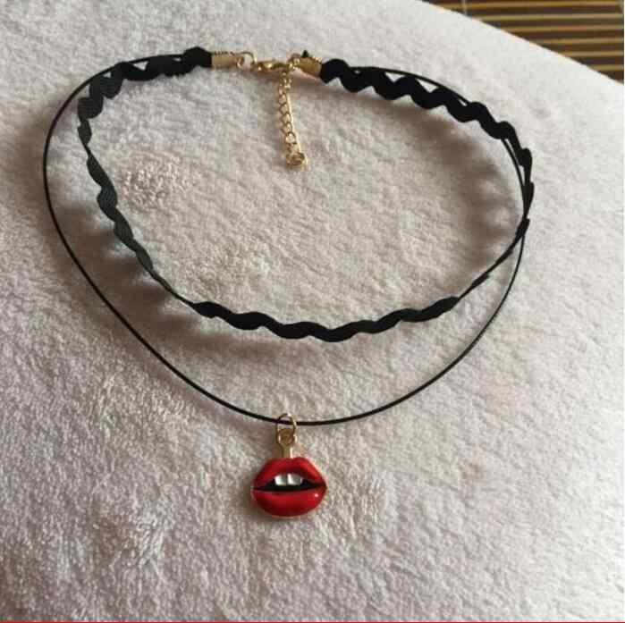 XL 0125 petit collier en alliage de type fléchette chauve-souris 2017 collier de bijoux rétro gothique hip-hop amis et parents des plus beaux