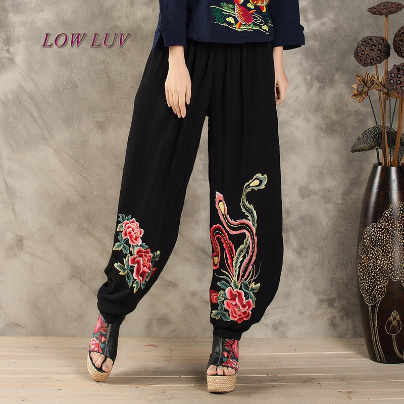 2017 Large Women Women Summer Thin Elastic Waist Black Embroidered Pants Pants /Trousers For Women/female Pants