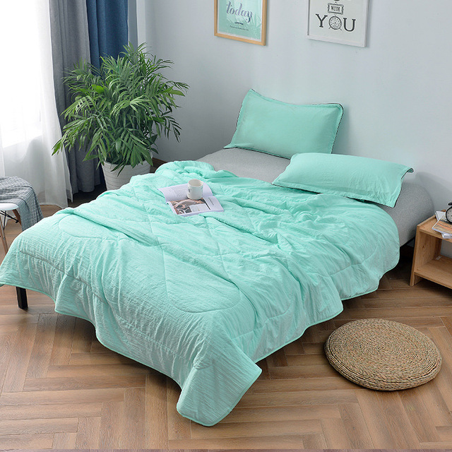 Modren Brief Solid Summer Quilt Size Kingqueenfull Air Condition